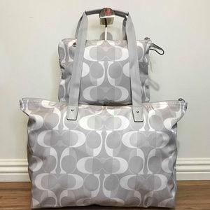 Coach Bags - 🧂Coach Signature Bag & Snap Pouch🧂